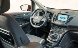 ford-cmax-7-interni