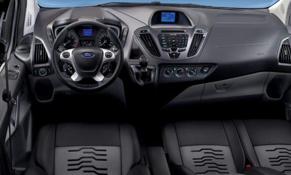 ford-transit-custom-interni