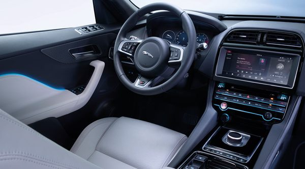 jaguar-f-pace-interni
