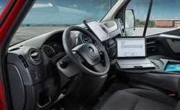 opel-movano-furgone-interni