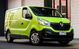RENAULT TRAFIC fronte