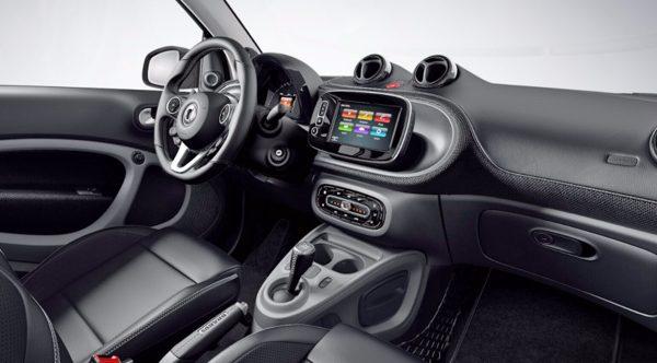 smart-turbo-brabus-cabrio-interni