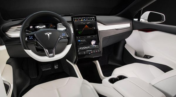 tesla-model-x-interni