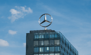Tocca alla Mercedes sito