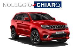Noleggio Chiaro Jeep Grand Cherokee