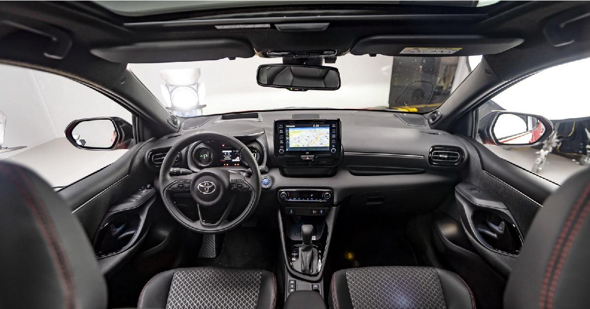 Toyota Yaris 2020 interni